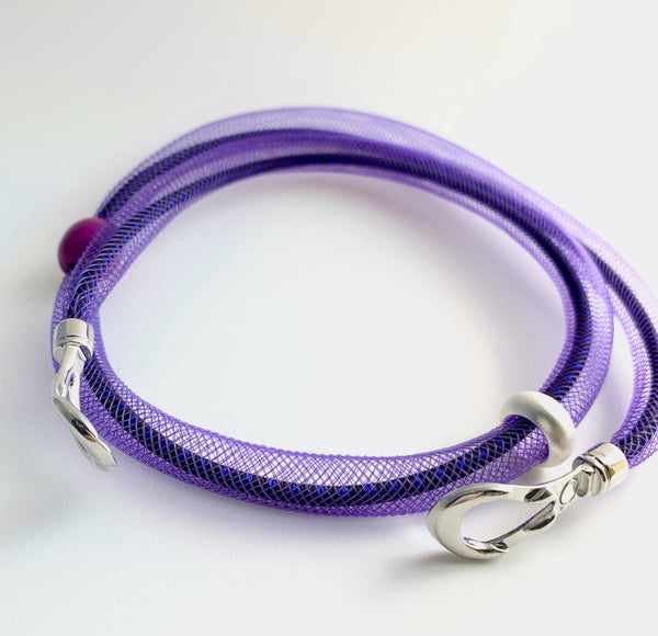 This Short Tubular is made with black/navy shock cord and purple netted tubing. it is 55cm