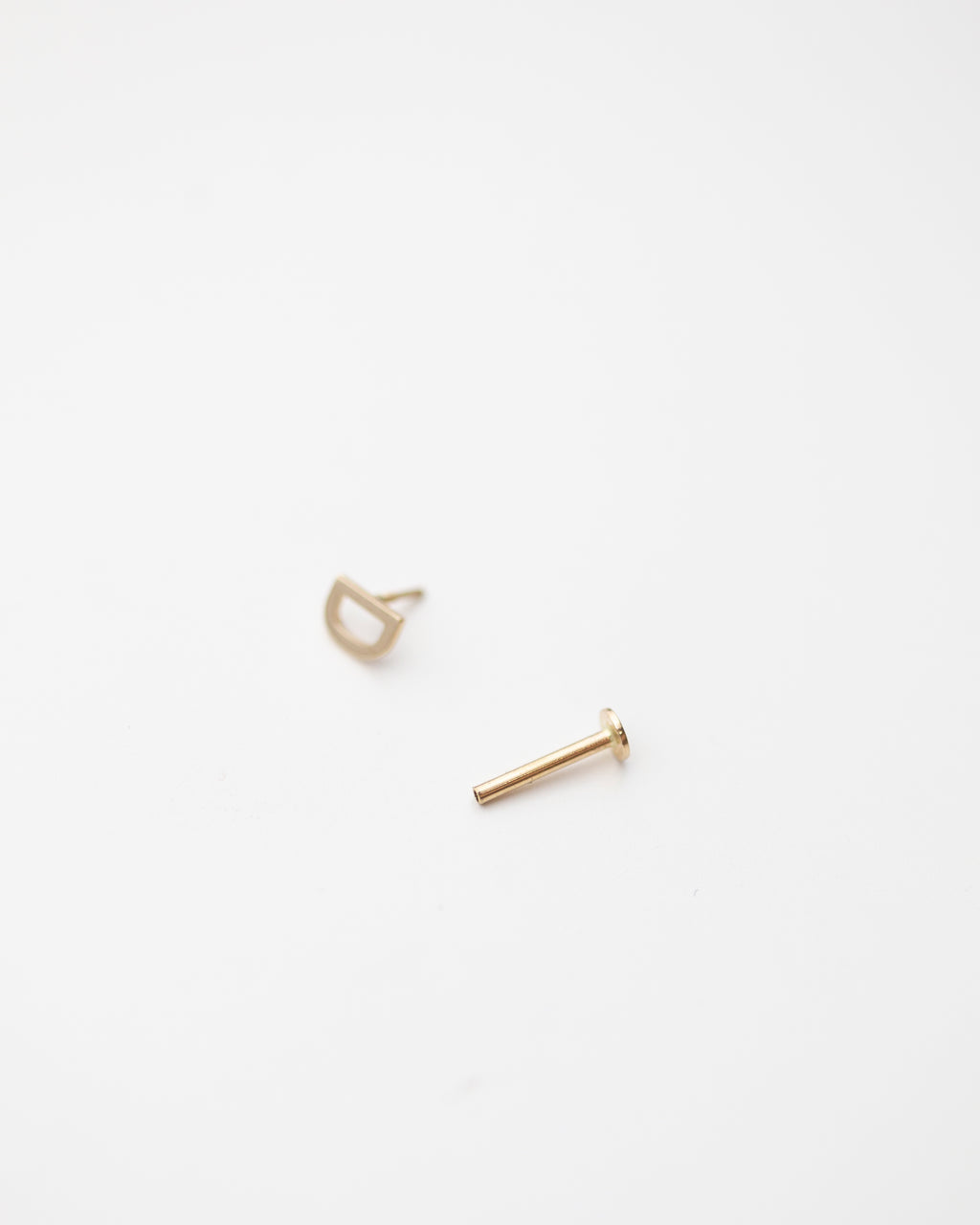 Letter stud earring with flat back