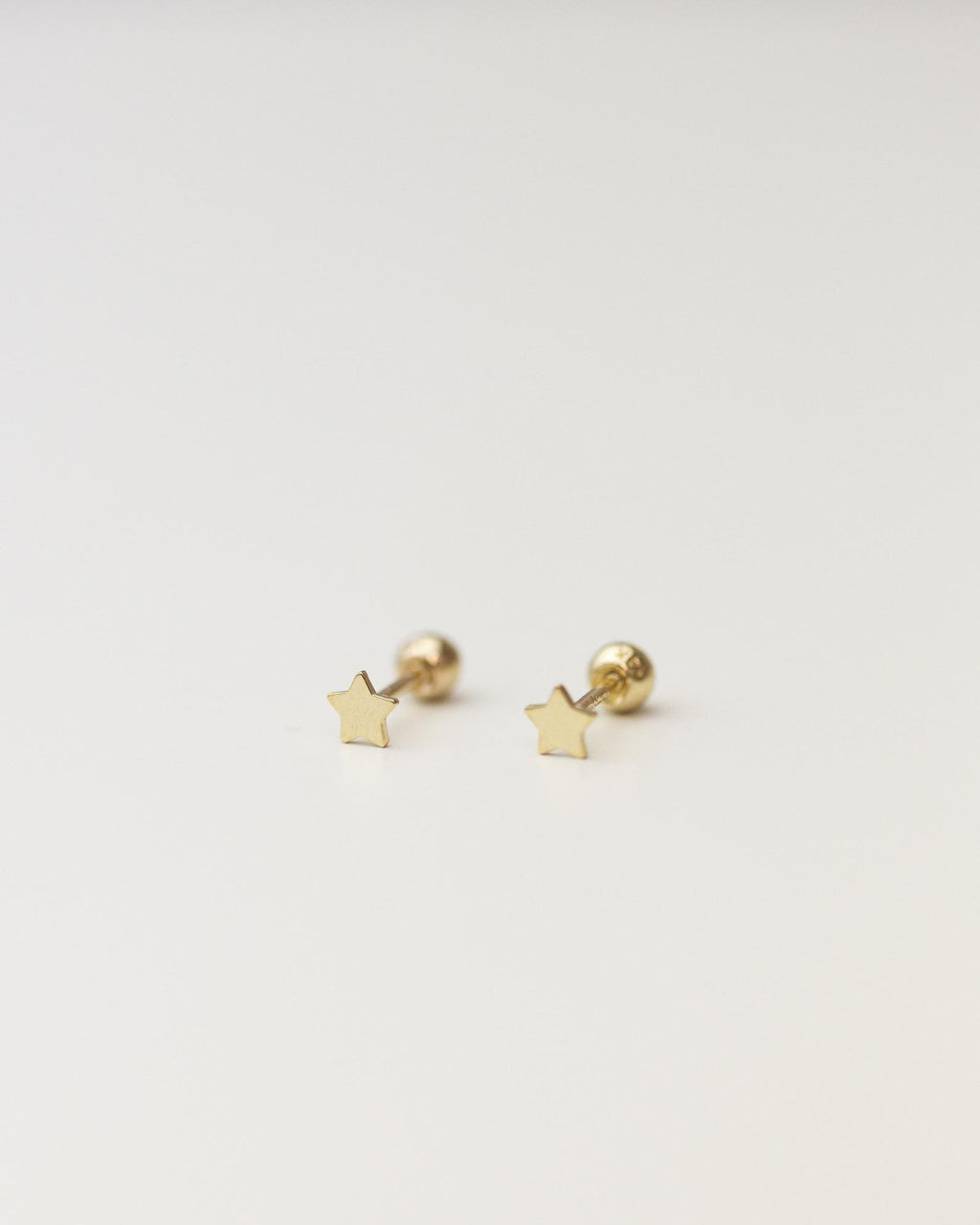 14k Mini star stud with ball screw backing