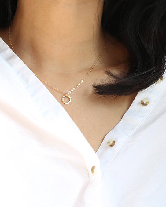 14k Thin Circle Necklace