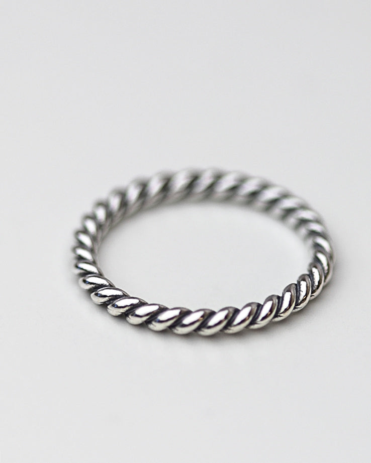 3.5 Twisted Ring