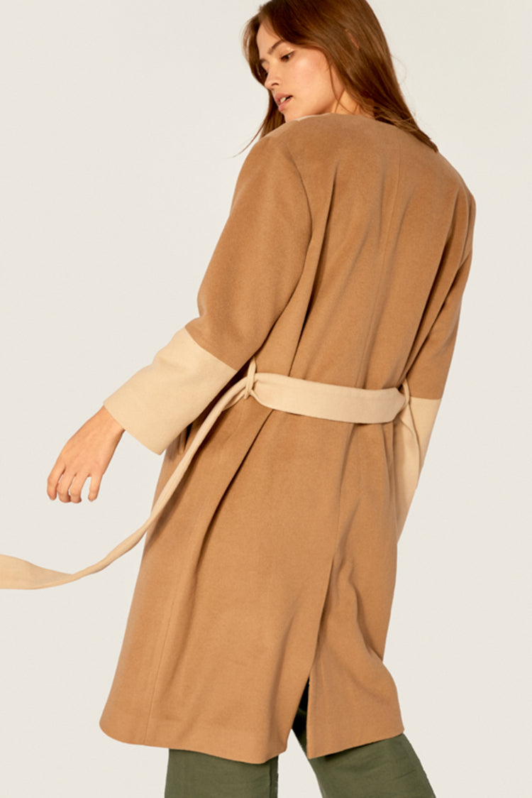 Coat - Wool Coat - Sandy Beige