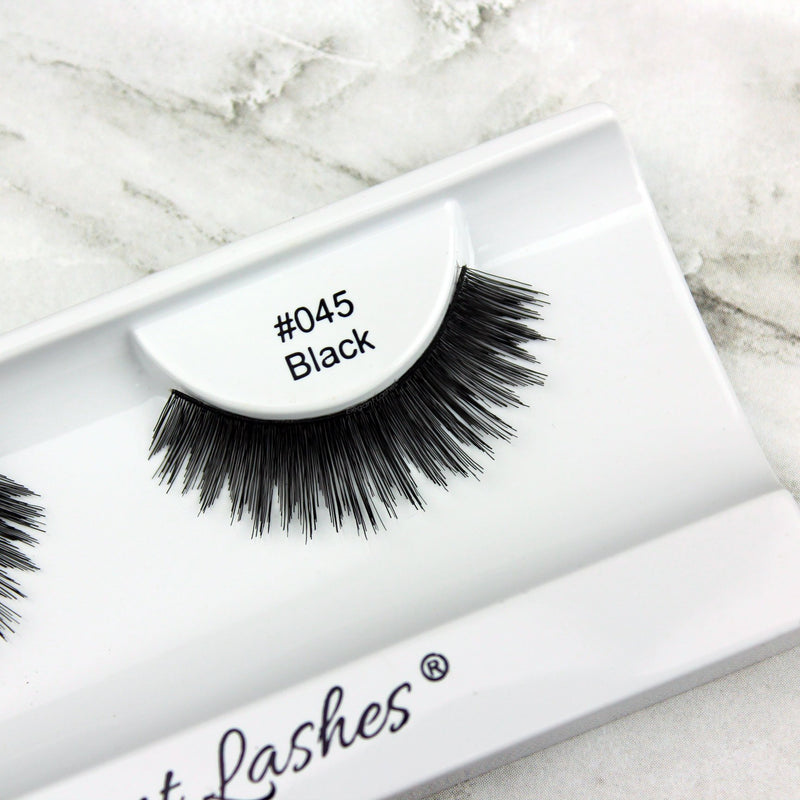 Sunny wearing Elegant Lashes #045 Black Human Hair False Eyelashes