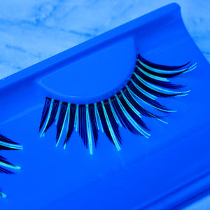 G061 Spiky Glow Lashes