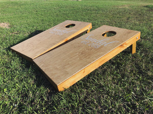 Cornhole Set - Ebony & White Design