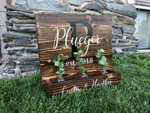 Load image into Gallery viewer, Family Name Planter - Ebony & White Design