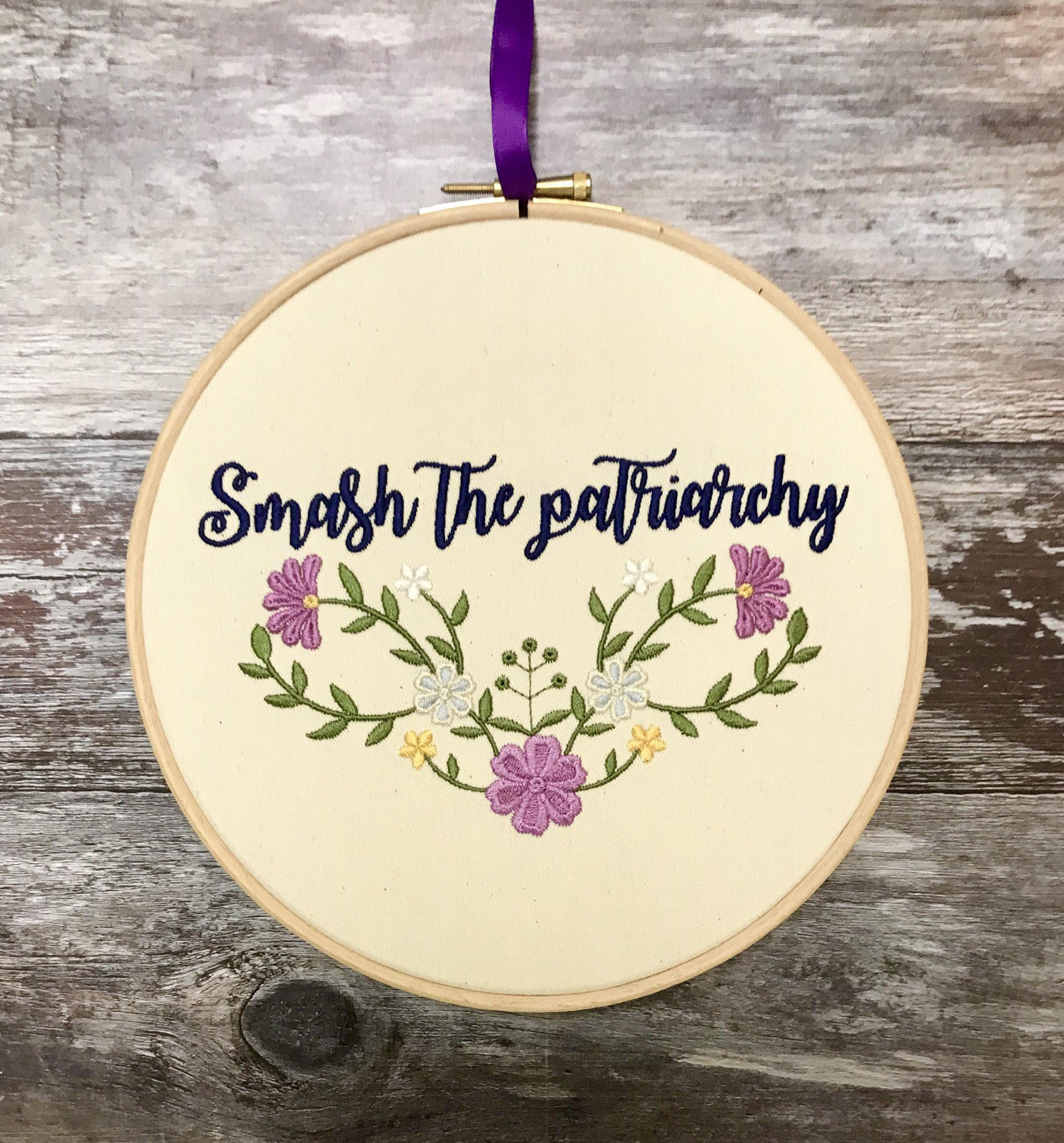 Smash the patriarchy, Embroidery hoop art