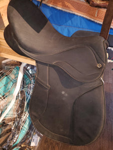 Thornhill Synthetic English Saddle