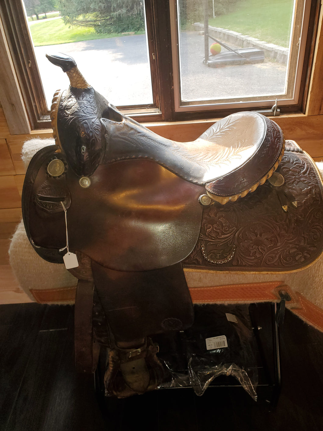 Circle Y Western Saddle - Price reduced!