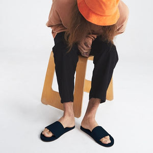 Men's 100% recycled slides in black by Indosole Australia