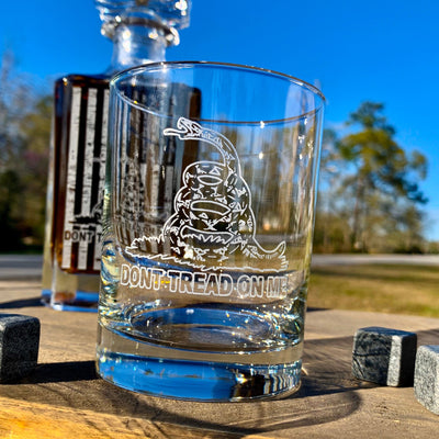 Don't Tread On Me American Flag 2nd Amendment Whiskey Decanter Set / DTOM