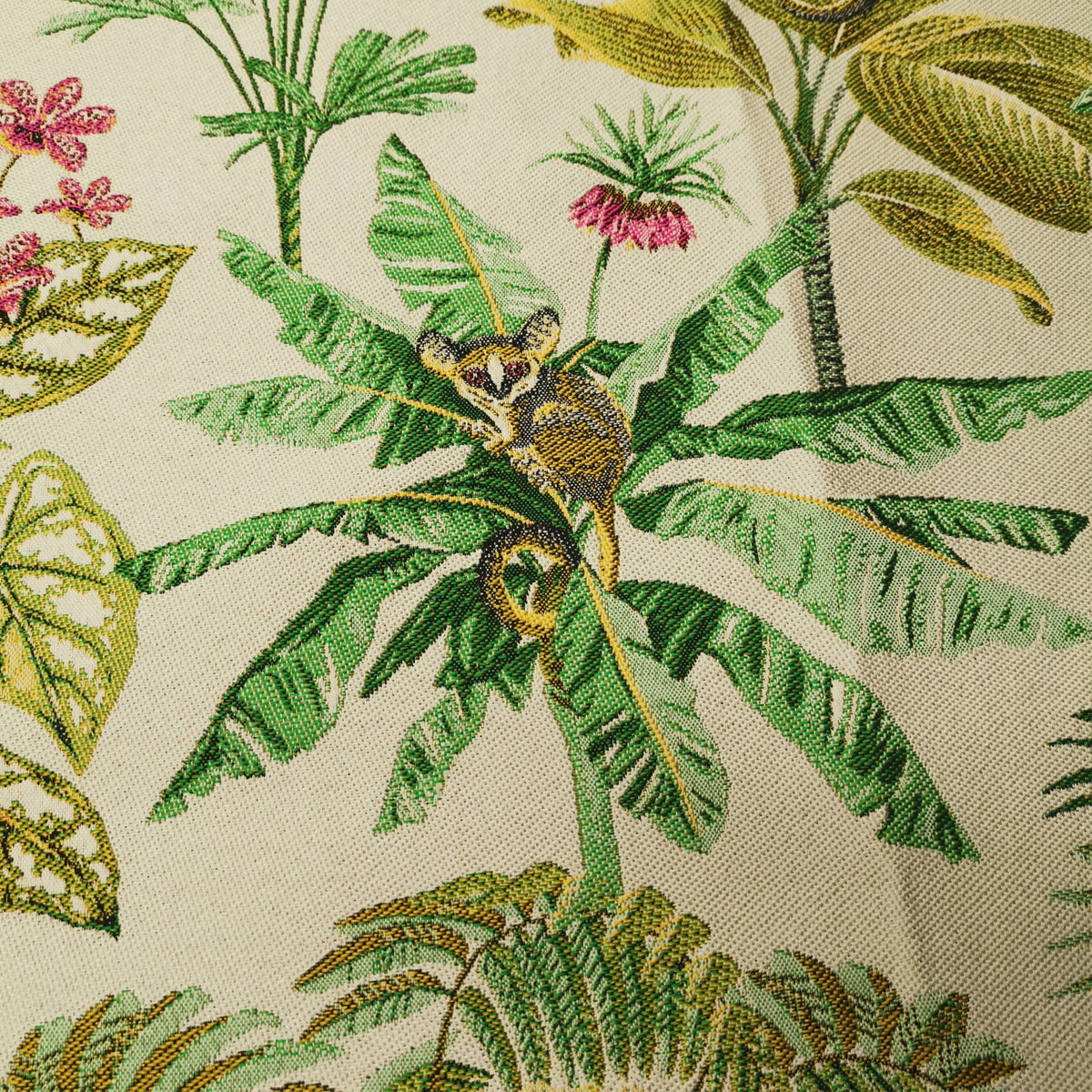 Jungle Paradise Fabric White