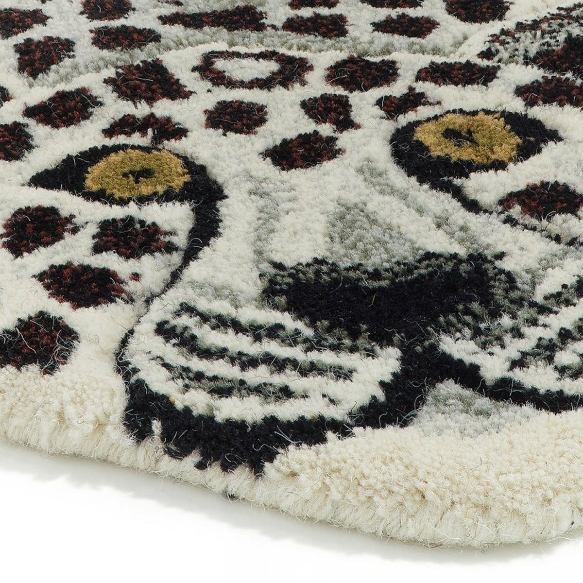 Snow Leopard Rug Large