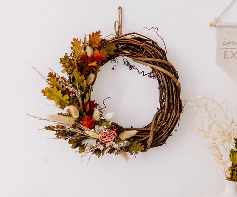 "10"" Dried Floral Wreath"