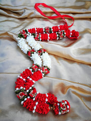 Artificial Necklace Garland Flowers - White / Red / Green Milini Haar Artificial Necklace Garland Flowers