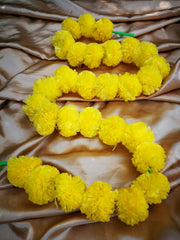 Hanging Artificial Garland Flowers - 1 X String Of Yellow Marigold Artificial Plastic Hanging Garland 4ft Long