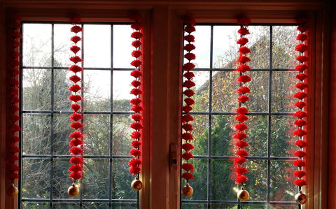 Personalised Window Artificial Garland Flowers - Red Personalised Window Artificial Garland Flowers With Gold Ball