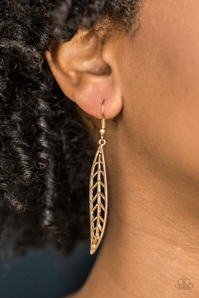 Feelin Featherly - Gold Earrings