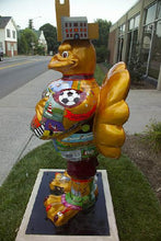 Load image into Gallery viewer, Hokie Bird Statue