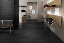 Black oak matt planks