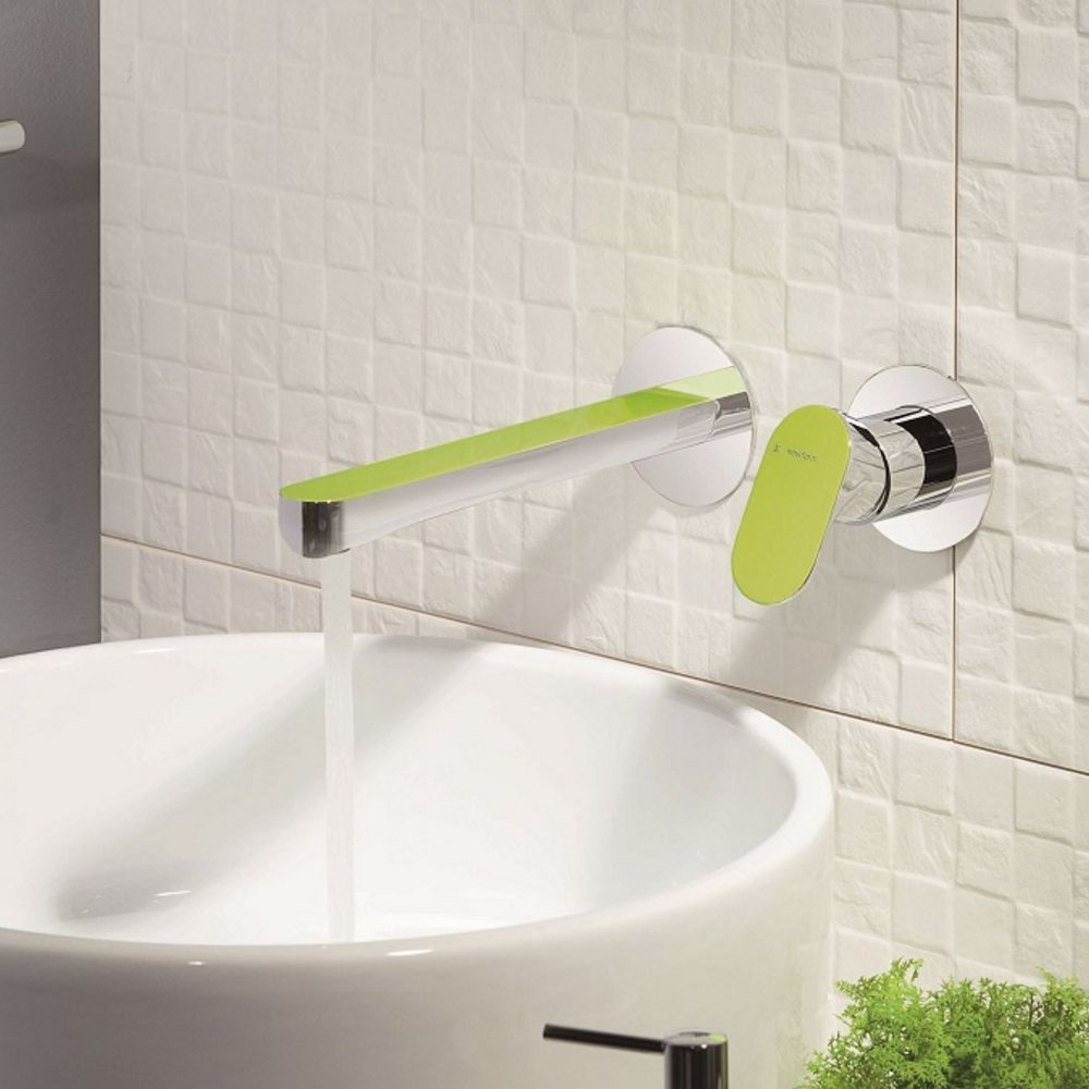 Linfa wall set with mixer