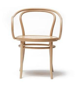 August Thonet B9 Bentwood Chair - Bauhaus 2 Your House