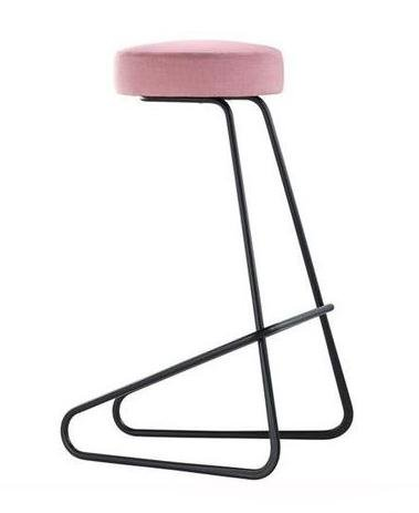 CC2 Stool by Tecta - Bauhaus 2 Your House