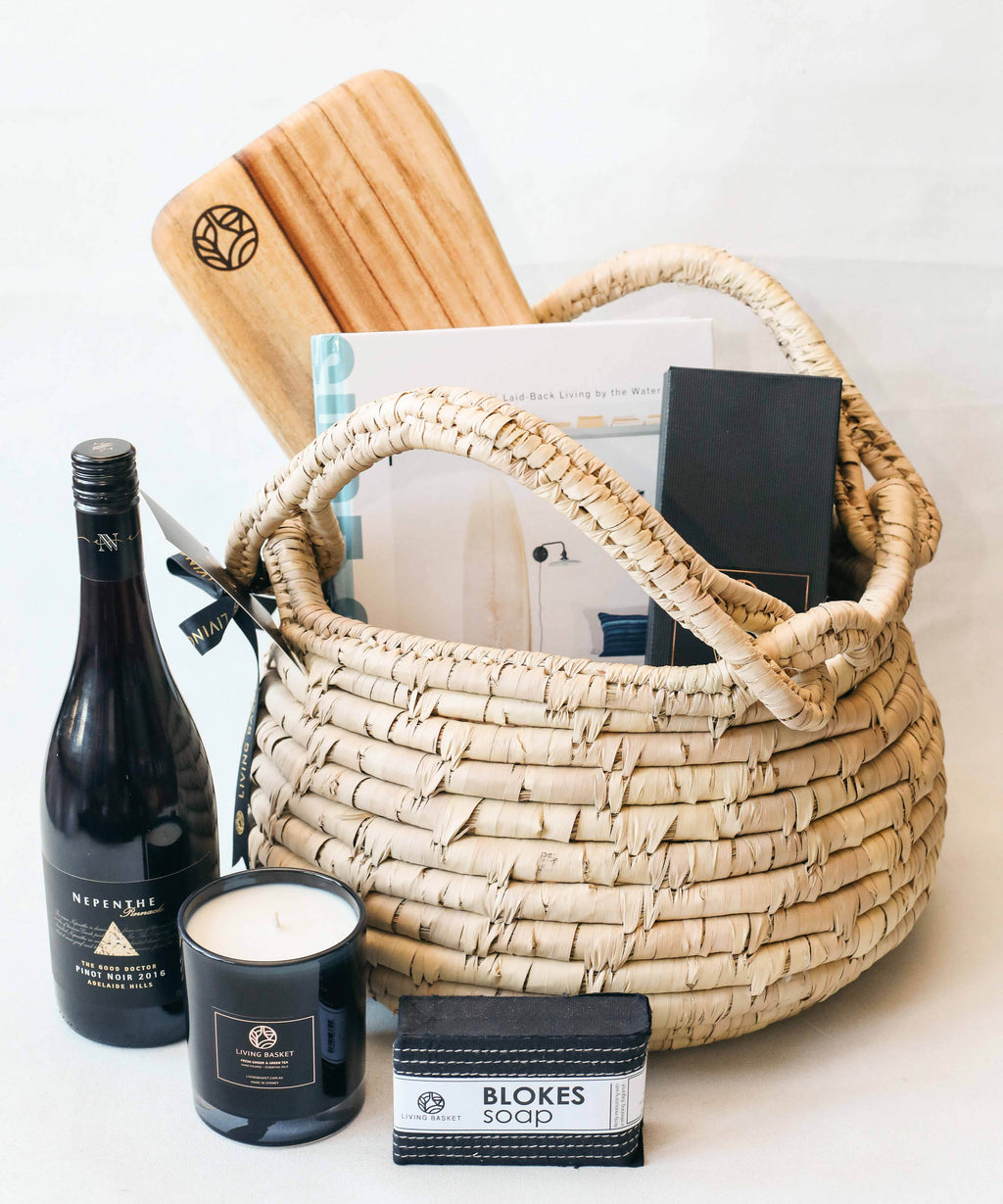 PREMIUM BEACHSIDE FAMILY BASKET WITH BOUTIQUE AUSTRALIAN WINE