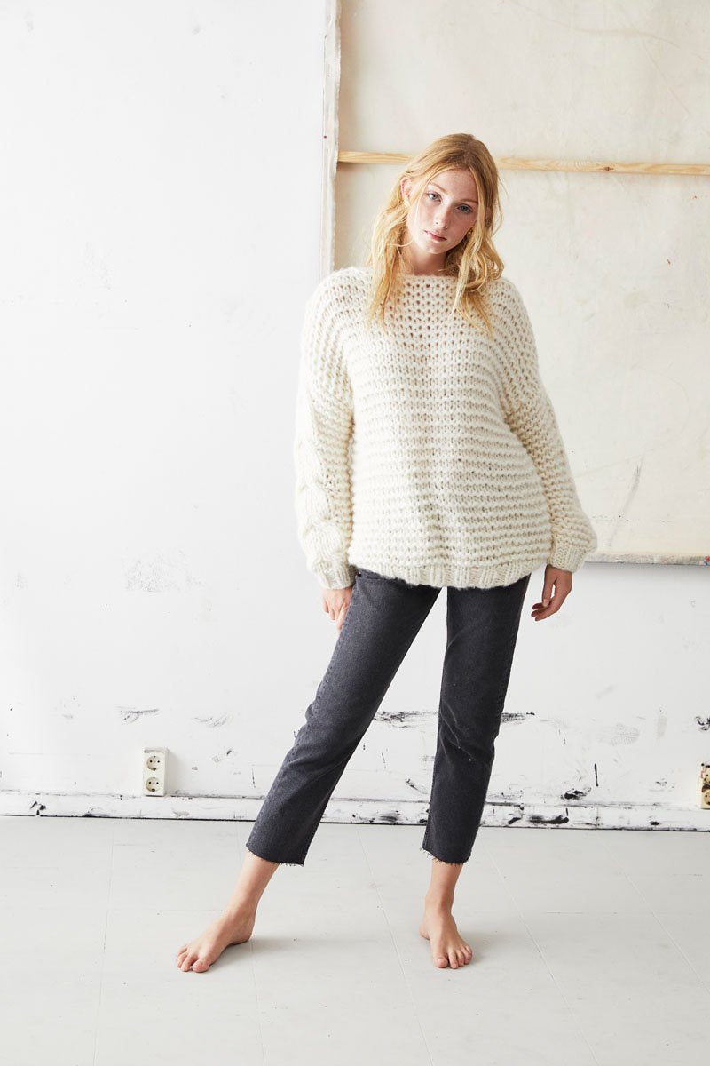 Cashmere Pullover with Plait Pattern in Creamwhite