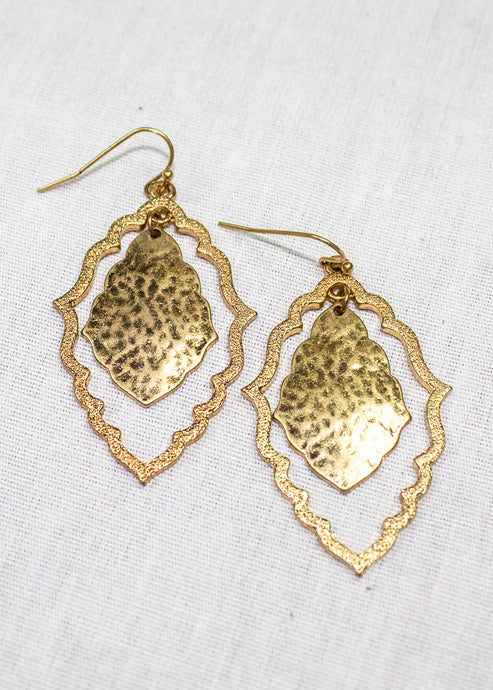 women's chic gold dangling earrings