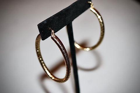 Chiseled Oval Hoops