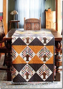 19th-Century Patchwork Divas' Treasury of Quilts by Betsy Chutchian & Carol Staehle 4