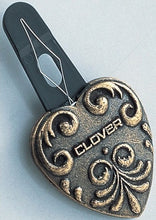 Clover Quilt Needle Threader 2