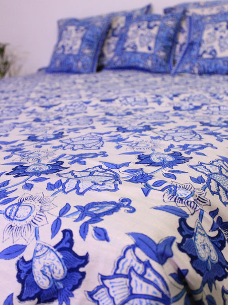 Bed Cover Blue Flower Print