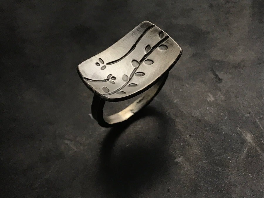 Echoes Rectangle Ring
