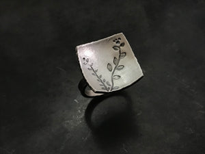 Echoes Square Ring