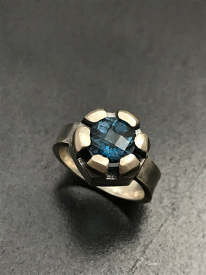 Checkerboard Topaz Castle Nut Ring