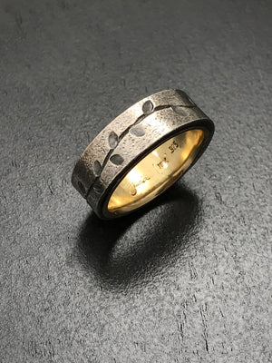 Simple Vines Ring with 18K Yellow Gold Liner