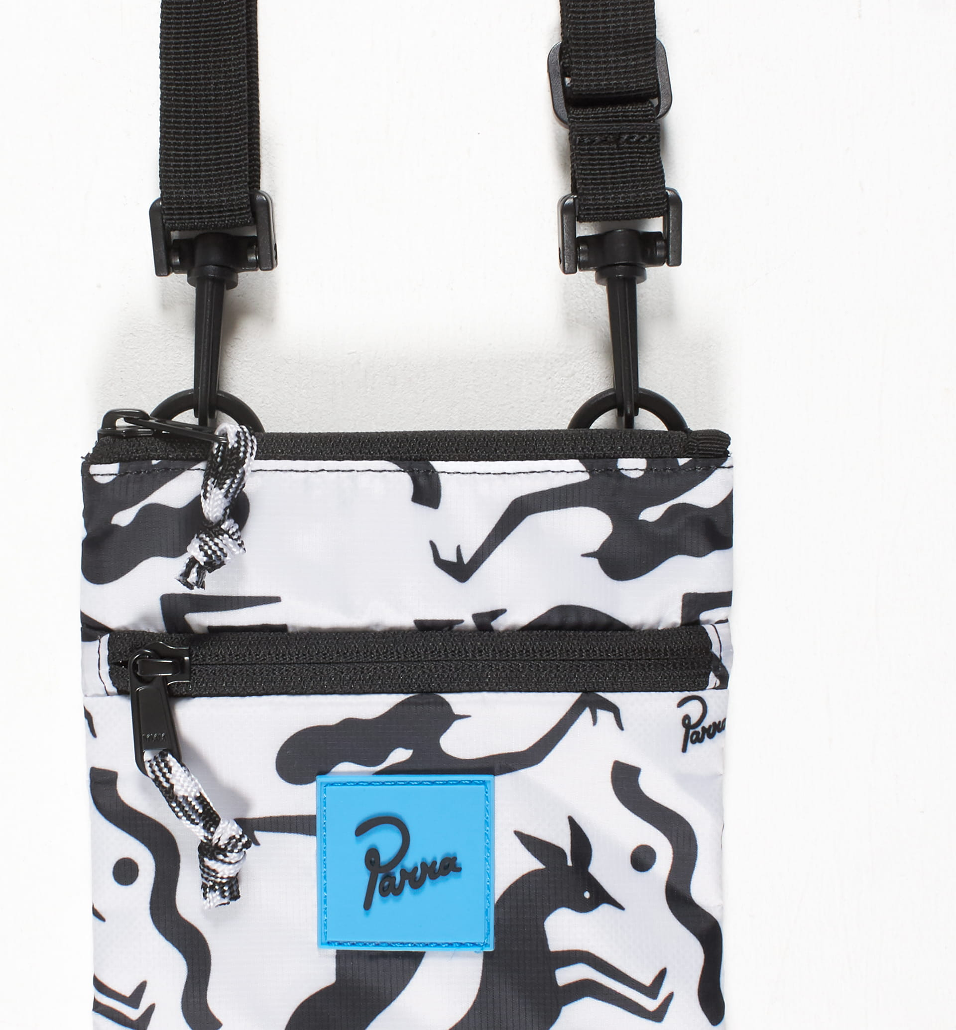 Parra - workout woman horse pouch