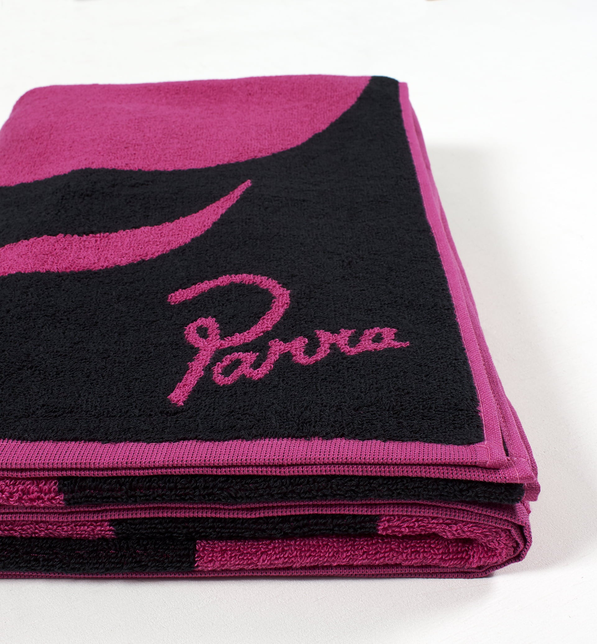 Parra - a little pressure beach towel