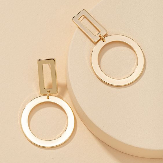 Gold geometric earrings