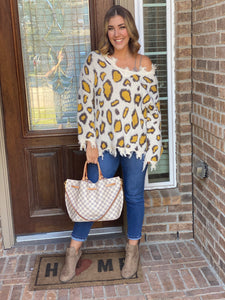 LEOPARD LADY DISTRESSED SWEATER