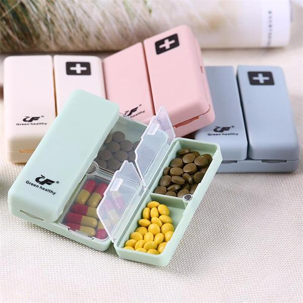 GREEN HEALTHY PORTABLE SUPPLEMENTS BOX WITH MAGNETIC SNAP CLOSURE