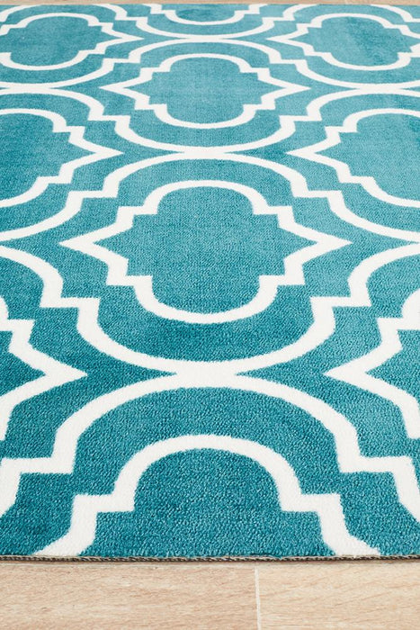 City Modern Trelliss design Rug Peacock
