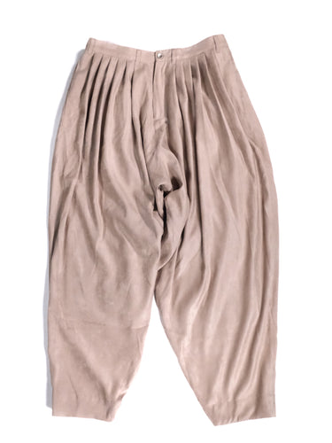 YANTOR,SUEDE 6-TUCK PANTS,medium rare online