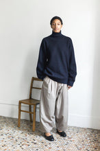 Load image into Gallery viewer, YANTOR,WASH WOOL 2 TUCK PANTS,medium rare online