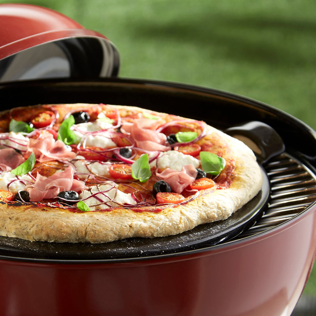 Emile Henry Smooth Pizza Stone Charcoal 37cm dia.