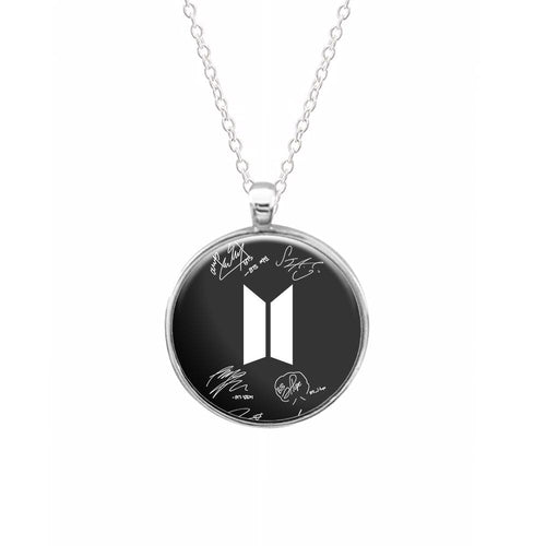 Black BTS Logo and Signatures Keyring - Fun Cases