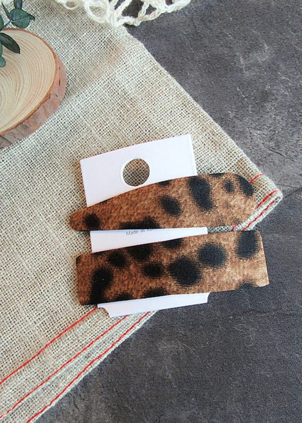 Pair of hair clips