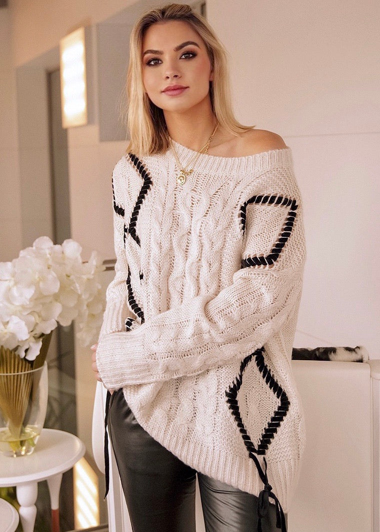 Zaha White Knit